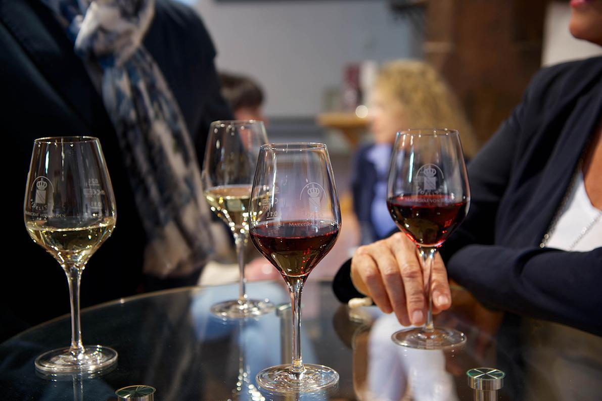 Wine tasting at Salem Monastery and Palace; Photo: Weingut Markgraf von Baden