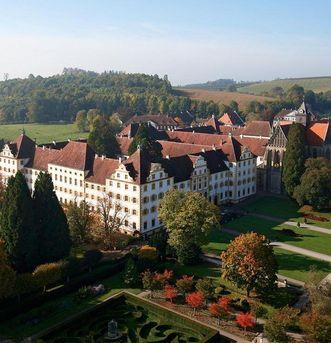 Luftaufnahme von Kloster und Schloss Salem; Foto: Staatliche Schlösser und Gärten Baden-Württemberg, Achim Mende