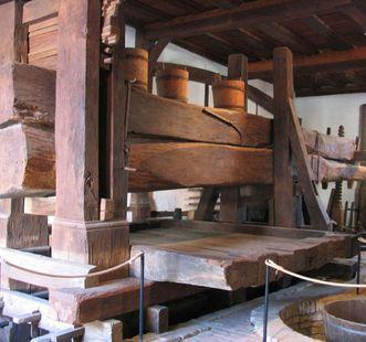 Hier wurde der Wein gepresst: die Torkel; Foto: Staatliche Schlösser und Gärten Baden-Württemberg, Birgit Rückert