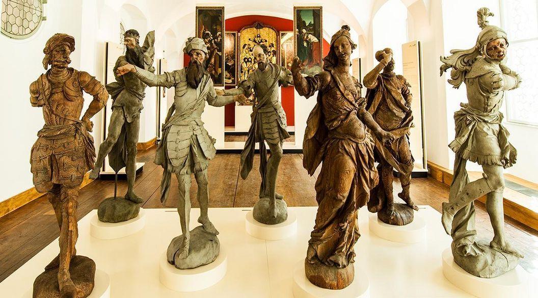 Statuen von J. A. Feuchtmayer; Foto: Badisches Landesmuseum
