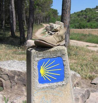 Markierungstein des Jakobsweges; Foto: Pixabay, gemeinfrei