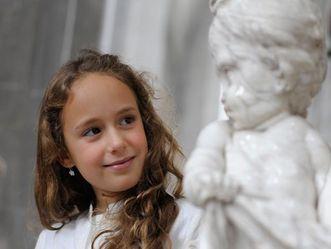 Mädchen mit Putto, Kloster und Schloss Salem