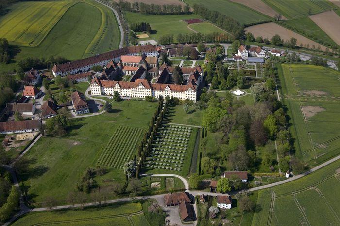 Kloster und Schloss Salem aus der Luft